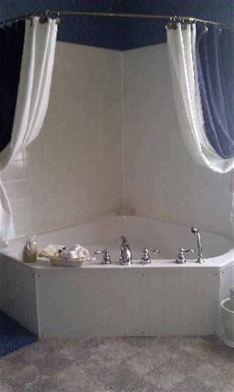 bathtub bed corner tub picture of the gridley inn waterloo tripadvisor
