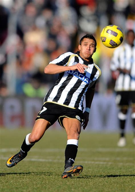 alexis sanchez inter alexis sanchez photos photos udinese calcio v fc