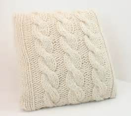 decken und kissen pillow cover knitting pattern cabled pillow cover