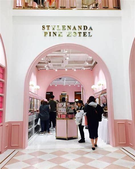 beachy schlafzimmerdekor die besten 25 pink hotel ideen auf boutique