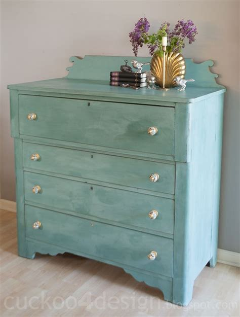 Chalk Painted Dressers by 25 Best Ideas About Chalk Painted Dressers On
