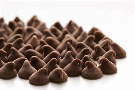 100 nut free peanut free chocolate baking chips