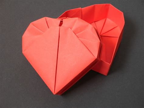 Shaped Origami Box - pin by melanie rm on useless diy