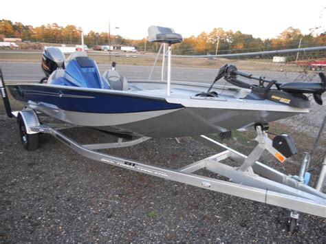 xpress boats x17 pro andalusia marine and powersports inc new xpress boats