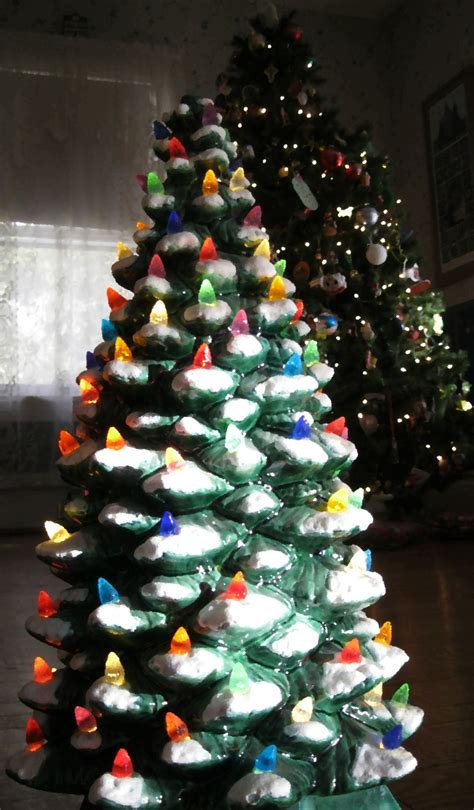 how to paint a ceramic christmas tree how to make a ceramic tree diy step by step guide