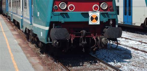 treni per pavia da treno cancellato per pavia e mezz ora di ritardo per
