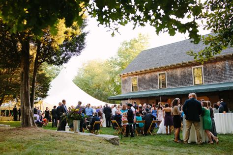 Backyard Wedding Reception Etiquette How To Plan An Affordable At Home Wedding