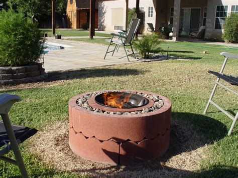 Make Your Own Firepit Stay Warm And Cozy With These 35 Diy Pit Tutorials Diy Projects