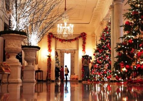 white house pictures interior images white house interior s holiday decorations 10502