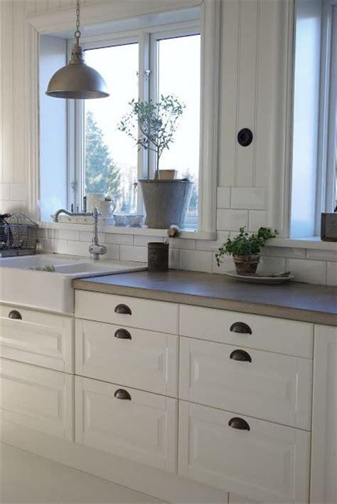 concrete kitchen countertops with white cabinets concrete counter top white cabinets subway tile