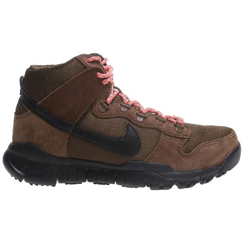 nike hiking boots for nike dunk high oms hiking boots s moosejaw
