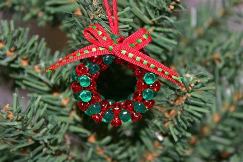 Hermoso  Arbol De Navidad Blancos #10: Arbol-navidad-decoracion-lazo-adornos-pequenos.jpg
