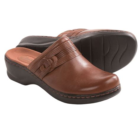 clarks clogs for clarks redwood clogs for 7677c save 32