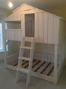 Bunk Bed Tree House 17 Best Ideas About Tree Bed On Amazing Beds Bed Designs In Wood And Definition