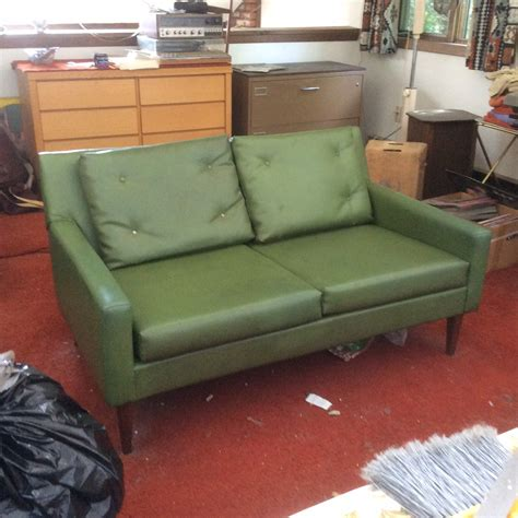 money green leather sofa money green leather sofa 28 images leather sofa design