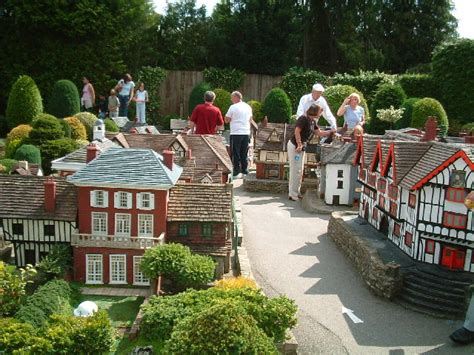 bekonscot model village beacosnfield england the first