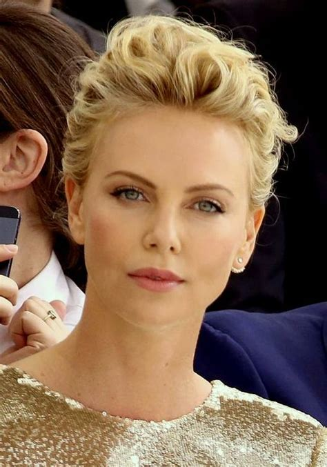 bollywood hollywood celebrity photos happy birthday charlize theron 62 best charlize theron actress images on pinterest