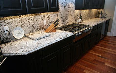 Bianco Antico Granite With White Cabinets by Stonemark Granite Bianco Antico Roselawnlutheran