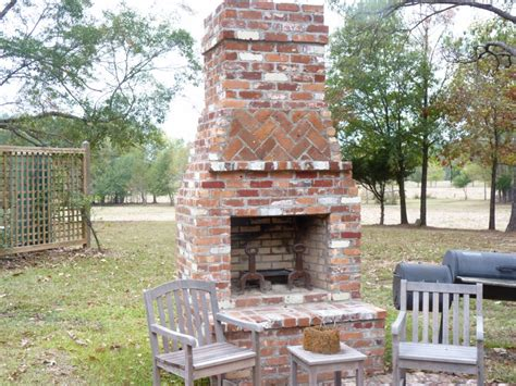 outdoor red brick fireplace   The Great Combination for