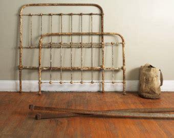 Antique Metal Bed Frame Wesley Allen Iron Beds Cb7040t Laredo Iron Bed Antique