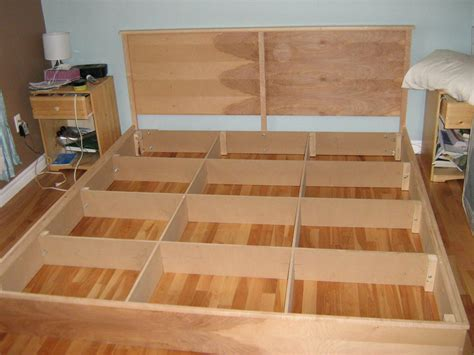 Diy King Platform Bed Easy Cheap Diy Hardwood King Platform Bed Plans Autodidaktos