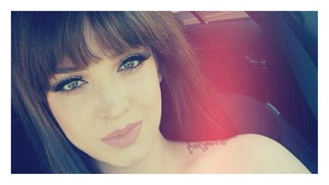 how can i get my hair ut like tina feys how to cut the perfect thick fringe bangs youtube