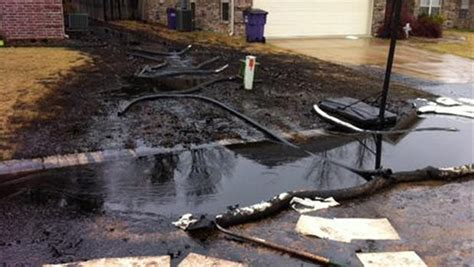 R C Mobil Rock 6146l M homes evacuated after exxonmobil pipeline spill in