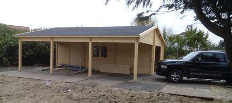 tuinhuis plaatsen op tegels blokhut met garage en veranda tegelcentrum berkeltuin nl