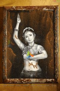 anushka oil painting  chandramukhi nagavalli paintings