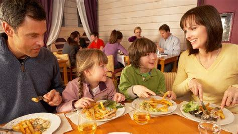 restaurant com s top 25 kid friendly restaurants the dish
