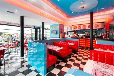 Retro Diner Le by Le Caf 233 Diner Restaurant Plein Centre Ville 224 Nantes