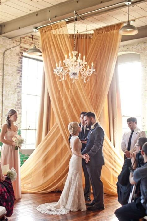 Wedding Ceremony Backdrop by 50 Awesome Indoor Wedding Ceremony Backdrops Happywedd