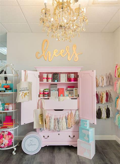 Clothing Boutique Decor by Best 25 Boutique Stores Ideas On Boutique