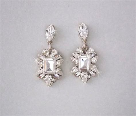 Vintage Bridal Chandelier Earrings Wedding Earrings Chandelier Earrings Gatsby Earrings Vintage Style Swarovski Crystals
