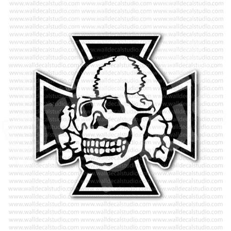 iron cross skull tattoo 1000 images about eisernes kreuz on studios