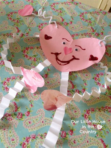 8 Valentines Day Crafts by S Day Crafts For Younger Children Preschool And