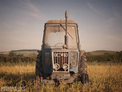 classic tractor wallpaper ford tractor wallpaper wallpapersafari