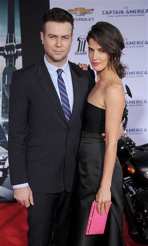 'How I Met Your Mother' star Cobie Smulders is pregnant