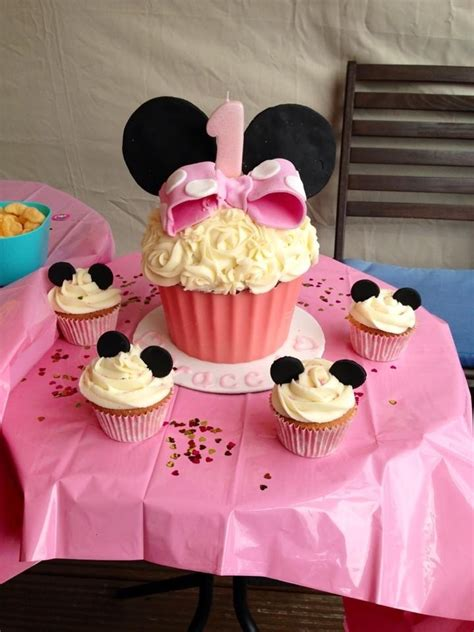 St Big Mickey Kid baby 1st birthday minnie mouse cup cakes