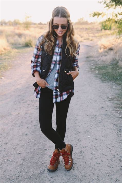 how to dress at58 picture of black leggings a plaid shirt and a black vest
