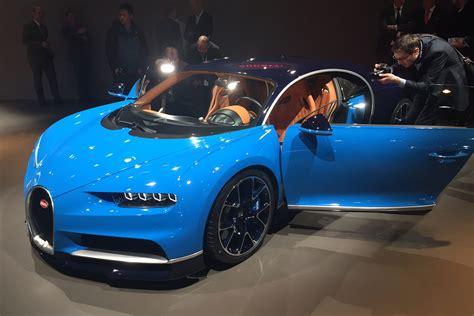 bugatti chiron hypercar pictures auto express