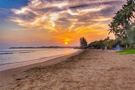 8 reasons why you should travel to sri lanka going out