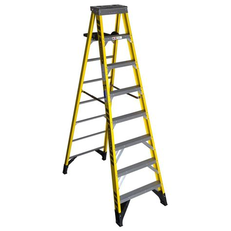 werner 8 ft fiberglass step ladder with 375 lb load