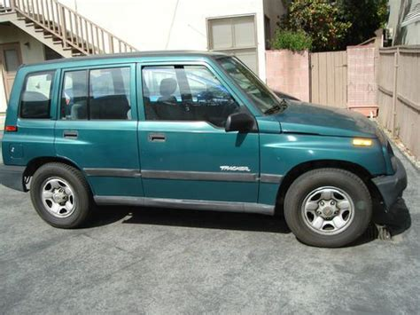 automotive air conditioning repair 1998 chevrolet tracker free book repair manuals find used 1998 chevrolet tracker base sport utility 4 door 1 6l in south pasadena california