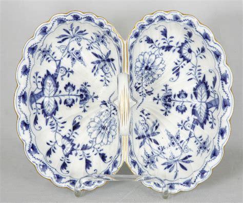 blue onion pattern 7832 meissen blue onion pattern nut or cracker dish c1772