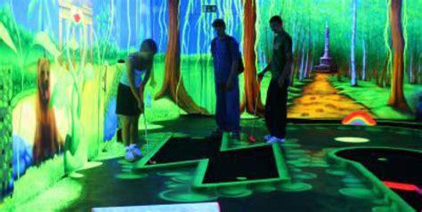 black light putt putt blacklight miniature golf berlin indoor activities for