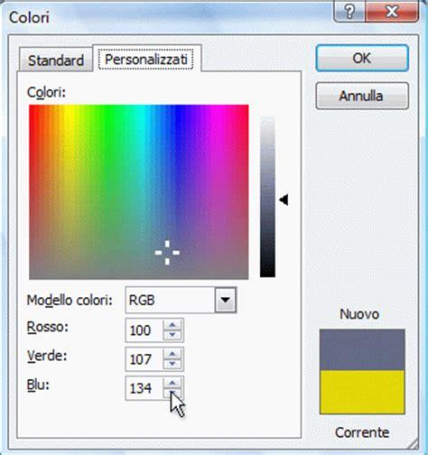 due su due testo modificare il colore testo di un collegamento