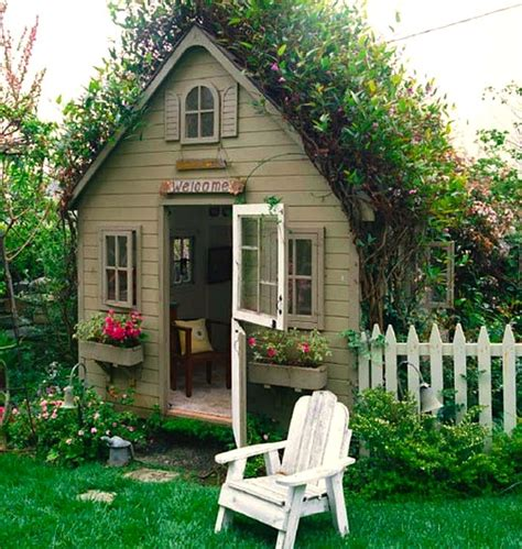 Playhouse Windows And Doors Ideas Playhouse Essentials Really Cool Playhouse Series Kidspace Interiors