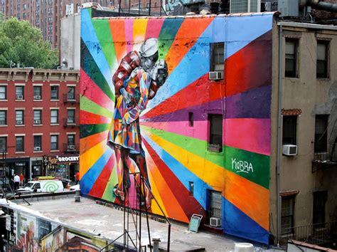 eduardo kobra street artist  vandallist
