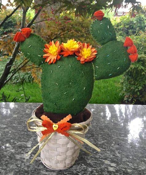 fiore di fichidindia cactus fico d india con fiori arancione per la casa e